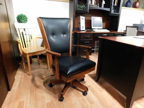 Bershire Arm Desk Chair