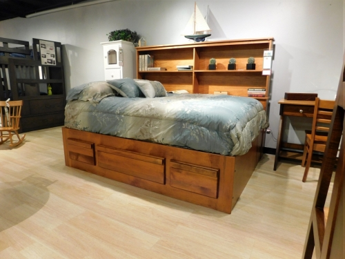 Platform Bed with Bookcase
