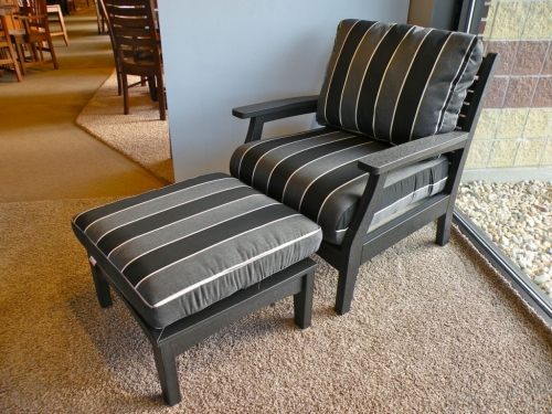 Classic Terrace Outdoor Club Chair and Ottoman